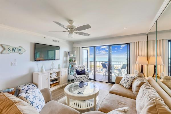A living room in a Ocean City, MD vacation rental condo
